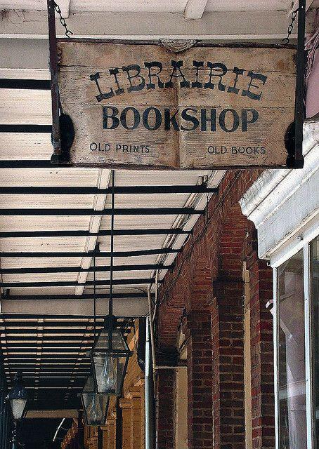 Boeken- en prentenwinkel in Chartres, Frankrijk
