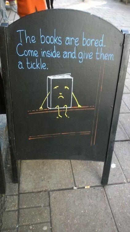 Hilarisch buitenbord bij Waterstones boekenketen in Londen.