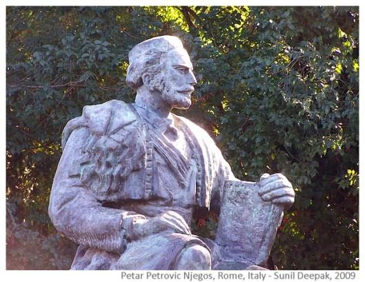 Njegos Petar Petrovic. Beeld in Rome, Italië. Njegos was prins-bisschop en dichter uit Montenegro (Sunil Deepak, 2009)