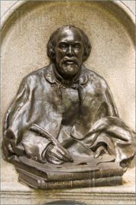 Sculptuur van Engelse schrijver Rosetti