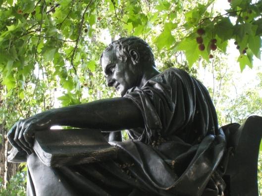 Standbeeld van J.J.Rousseau op het Ile de Rousseau, Genève, Zwitserland