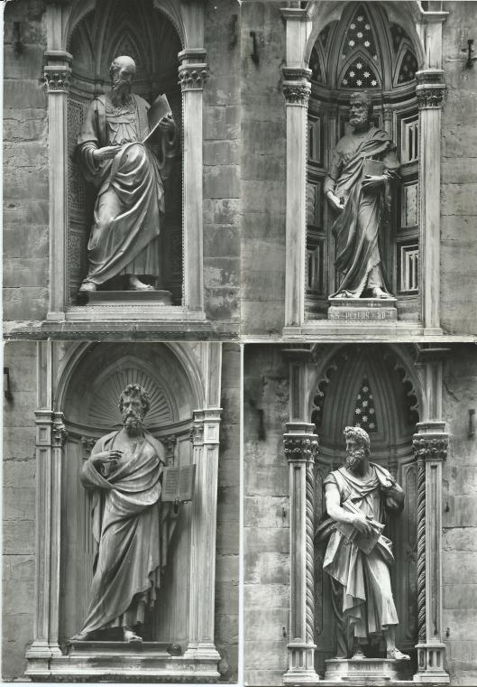 Florence. Chiesa di Orsammichele. Linksboven St.Johannes, rechtsboven St.Lucas, linksonder St. Mattheus, rechtsonder St. Petrus