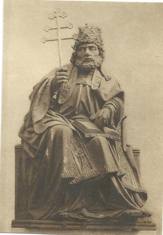 Houten beeld van St.Petus uit omstreeks 1500. R.K.kerk Venray
