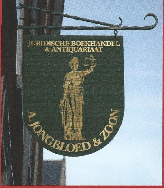 Uithangbord van Juridische boekhandel en antiquariaat A.Jongbloed en Zoon, Kloksteeg 4, Leiden