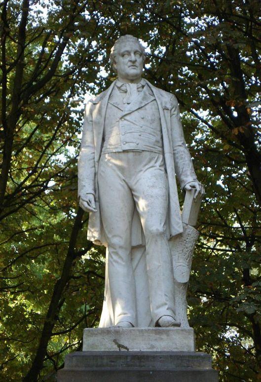 Hendrik Tollens (1780-1856), Nederlands dichter. Standbeeld in het Park te Rotterdam