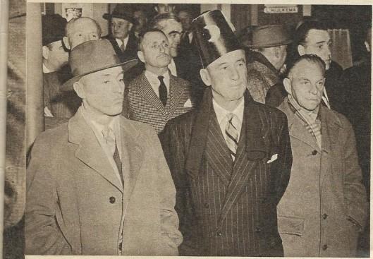 Bij zijn 60ste verjaardag werd Smirnoff met bijnaam 'de Turk', door zijn vrienden een fez op het hoofd gezet.