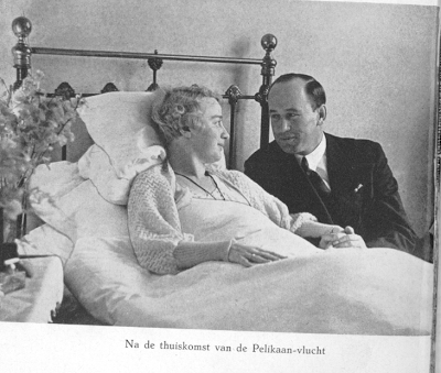 Direct na aankomst van zijn glorieuze 'Pelikaan-vlucht' begaf Iwan Smirnoff zich naar het ziekenhuis in Haarlem waar zijn echtgenote lag.