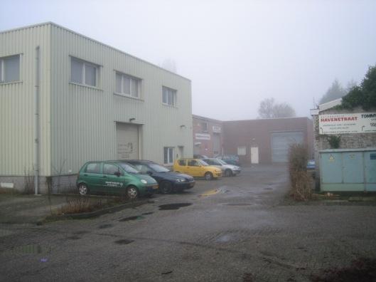 Havenstraat Heemstede waar asbestfabriek stond en tegenwoordig garagebedrijven zijn gevestigd