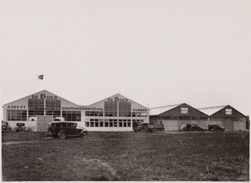 Eerste Noord-Hollands Asbestfabriek vh. De Boer, Cruquiusweg 118 Amsterdam. Foto uit 1935 (Beeldbank Stadsarchief Amsterdam)