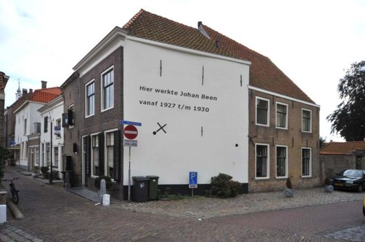 Het archiefgebouw van Brielle waar de in zijn tijd populaire jeugdboekenschrijver Johan Been van 1927-1930 als archiefmedewerker werkzaam was