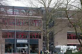 Voorgevel van nieuw streekarchief Midden Holland en openbare bibliotheek Gouda