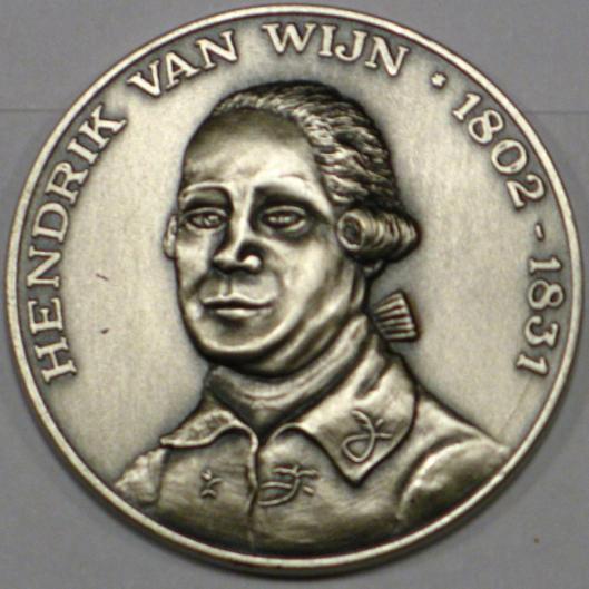 Hendrik van Wijn Penning [vernoemd naar de eerste rijksarchivaris tot 1831], in 2009 tijdens de Haarlemse KVAN-dagen [Koninklijke Vereniging van Archivarissen in Nederland] uitgereikt aan Rienk Jonker.
