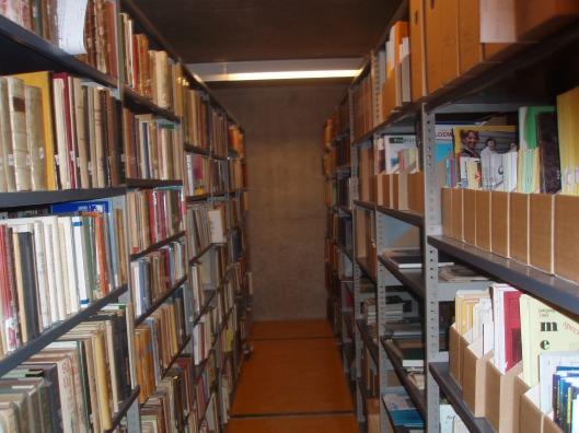 Deel van Heemstede-collectie in bibliotheekdepot, N.H.Archief, locatie Kleine Houtweg