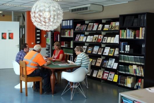 Leeszaal van archief en museum Roosendaal