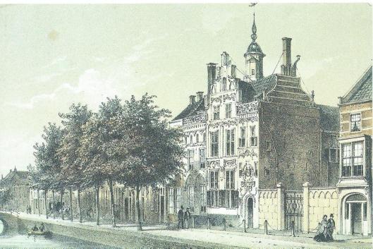 'Het Gemeenlandshuis'. De Oude Delft met het Gemeenlandshuis van Delfland en een deel van het gebouw van de archiefdienst. Chromolitho P.W.M.Trap naar C. en G.J.Bos, circa 1859. Uitgave ter gelegenheid van 125 jaar gemeentelijke archiefdienst Delft 1859-1984.