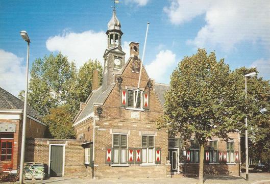 Stadsarchief, Plein Emaus, voormalig stadhuis Vlaardinger Ambacht