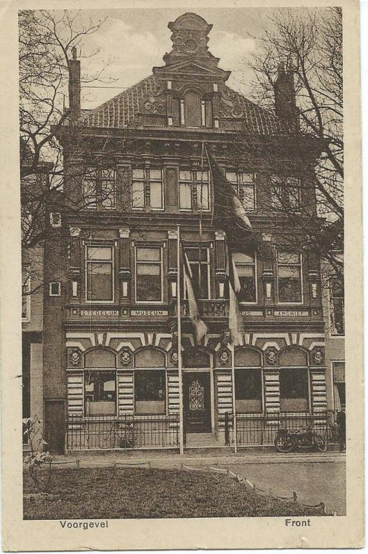 Oude kaart van voorgevel vm. stedelijk museum en oud archief Vlissingen