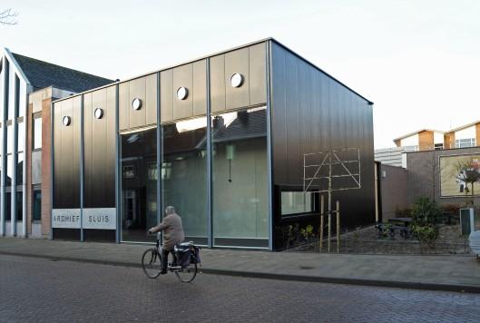 Het nieuwe archief Sluis in Oostburg (foto Peter Nicolai)