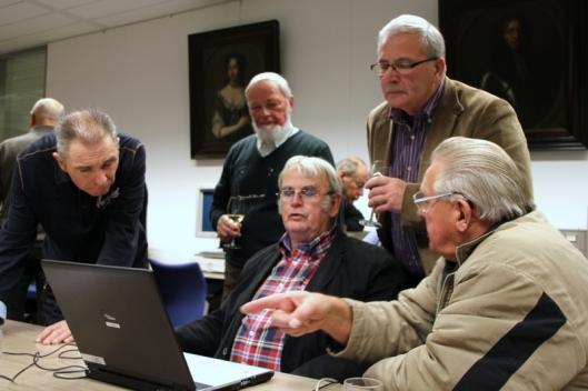 Lancering van website in archief Tholen, 14 december 2012 (foto Rien Burgers)