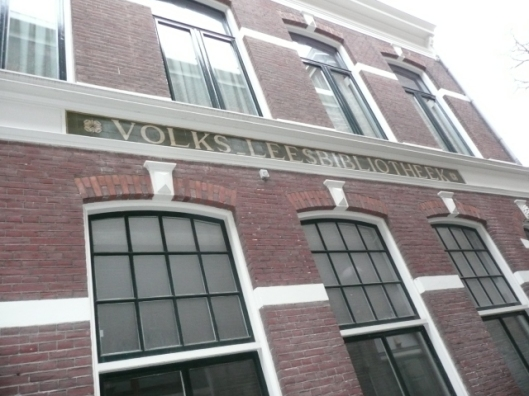 Volks-leesbibliotheek in Groningen, begin 1900 gebouwd als nutsbibliotheek. Foto uit 2008