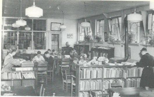 Nutsbibliotheek De Wijde Steeg Amsterdam