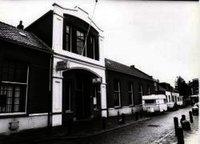 Nutsschool, 1864, Leliestraat 1, Schiedam, in de vorige eeuw in gebruik als bibliotheekfiliaal.