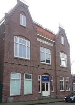 Voormalig nutsgebouw in Zaandam