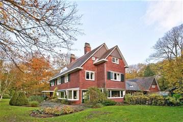 Villa De Schapenkamp na herstel wordt anno 2015 te koop aangeboden