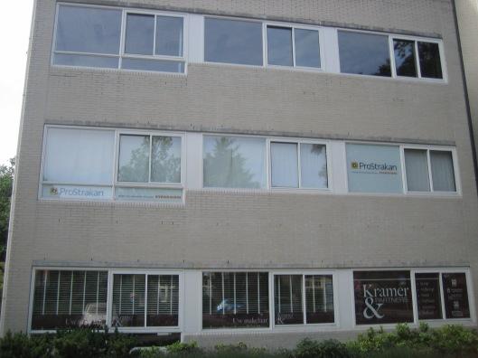 Op de plaats van het vroegere Broederhuis aan de Herenweg in Heemstede is thans een kantorencomplex gevestigd