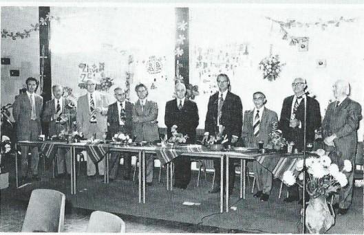 Op 27 augustus 1975 is herdacht dat de broeders van Jean Baptist de la Salle 25 jaar in Mierlo-Hout werkzaam waren (zie bovenstaande foto). In 2015 is het 50-jarig bestaan gevierd van wijkorgaan 'Houtvonken' (Mierlo-Hout-Helmond) in de grote zaal van Geseldonk, bekroond met koninklijke erepenning. Een van de oud-medewerkers was de 85-jarige broeder Adrianus Ulijn (die met de jongste broeder Petrus) vanuit Cuijk was overgekomen. Adrianus Ulijn heeft vanaf de eerste uitgave in januari 1965 van Houtvonken tientallen jaren zorg gedragen in het verzamelen en verspreiden van het blad vanuit de Odulfusschool.