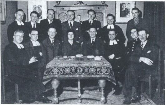 In 1946 ontvingen de broeders Jupp Henneböhl, die na met een Nederlandse vrouw te zijn getrowd zijn naam liet wijzigen in Joep Henneboel, in het Broederhuis aan de Herenweg om hem te bedanken voor zijn moedig gedrag.