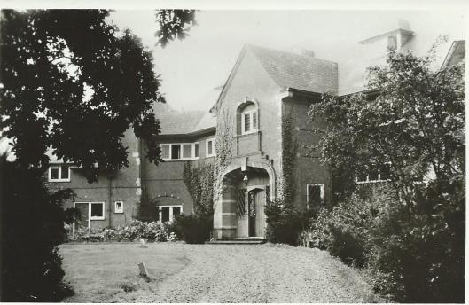 De villa Hertenduin, eerste huisvesting van de r.k.kweekschool De La Salle
