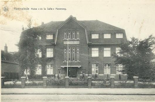 Ansichtkaart uit 1965 van Broederhuis aan de Herenweg Heemstede
