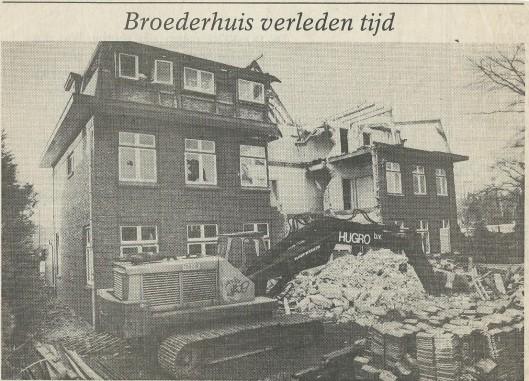 Broederhuis verleden tijd. Uit: Haarlems Dagblad van 12-5-1988