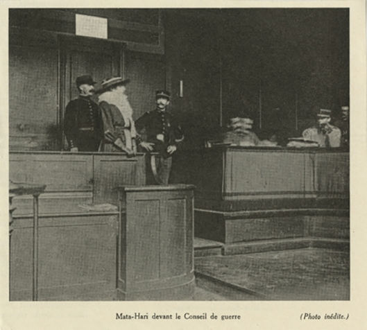 Mata Hari devant le Conseil de Guerre