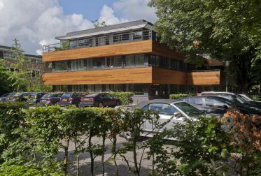 Nog een foto van het kantorencomplex aan de Herenweg