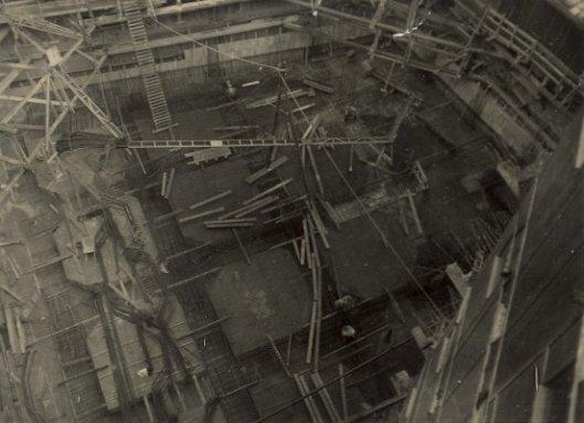 Bouw 1932 van de kelder voor het nieuwe V&Dgebouw,