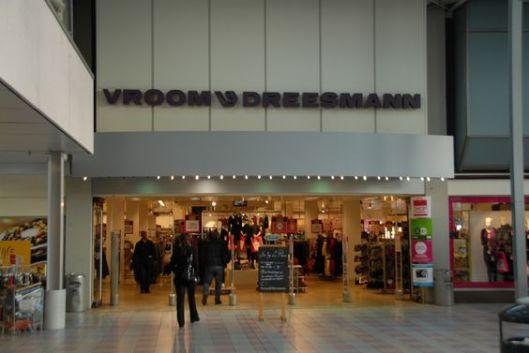 Entree V&D filiaal Schalkwijk gevestigd in het overdekte winkelcentrum