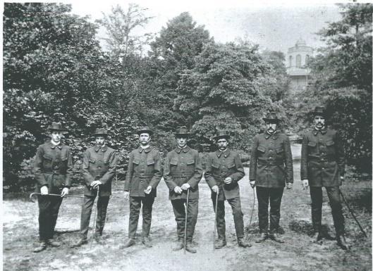 politieplantsonwachters1921.jpg