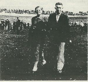 Gerrit van Wees met zijn latere echtgenote op de baan in Heemstede