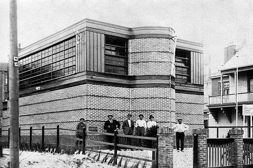 """Zandvoort, Doctor J.G. Mezgerstraat """"Joodse Synagoge""""."""