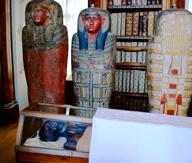 De mummie van 'Schepene' in de kloosterbibliotheek van Sankt Gallen