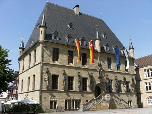 Het vm. raadhuis in Osnabrück waar in 1648 de Westfälische Friede werd gesloten wat een einde betekende van de Dertigjarige oorlog.