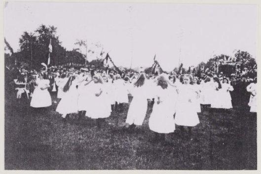 Het bielzenlandje waar 24 mei 1904 het 12,5 jubileum van burgemeester jhr. D.E,van Lennep werd gevierd
