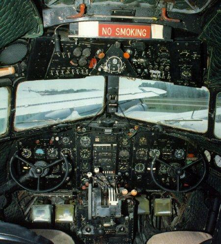 cockpitdc3